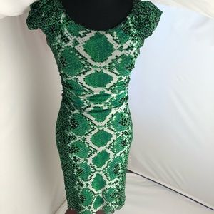 Kay Unger green, black & off white ruched dress